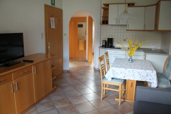 La zona giorno Appartamenti in agriturismo Blummerhof