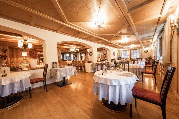The restaurant La Villa Hotel Dolomiti