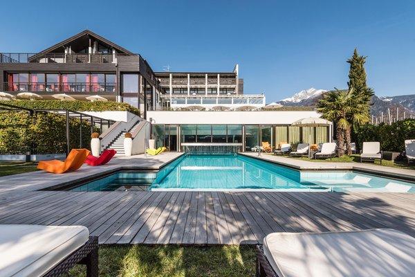 Hotel gartner dorf tirol meran und umgebung for Designhotel gartner