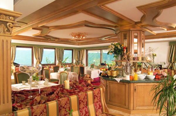 The breakfast Grandpanoramahotel Stephanshof - Hotel 4 stars