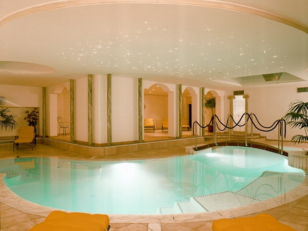 Swimming pool Grandpanoramahotel Stephanshof - Hotel 4 stars