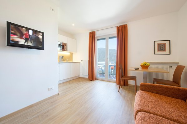 La zona giorno Garni + Appartamenti Etschland