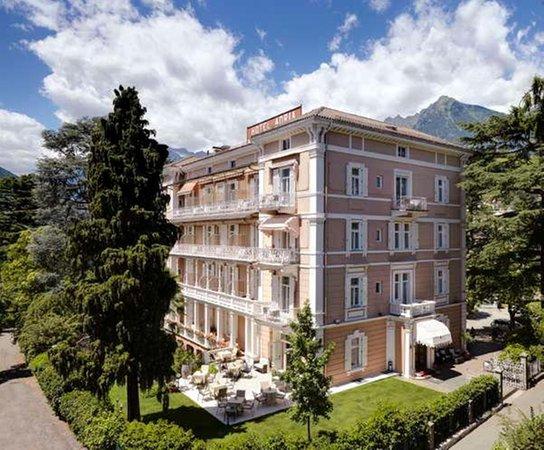 Foto estiva di presentazione Adria - Hotel 4 stelle