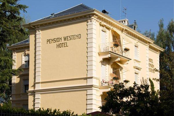 Foto esterno in estate Westend