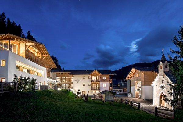 Foto estiva di presentazione Dolomites Hotel La Fradora - Hotel 3 stelle sup.