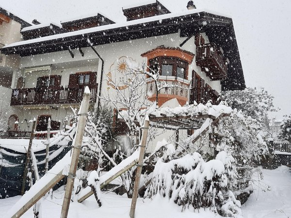 Foto invernale di presentazione Appartamenti in agriturismo Haus Barbieri