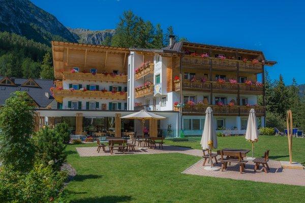 Sommer Präsentationsbild Hotel Lech da Sompunt