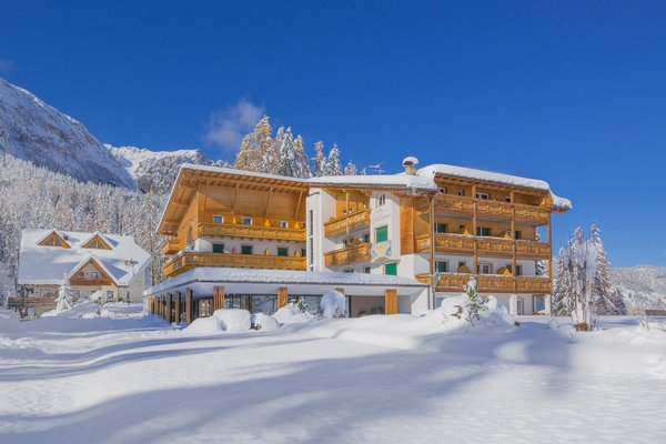 Winter Präsentationsbild Hotel Lech da Sompunt