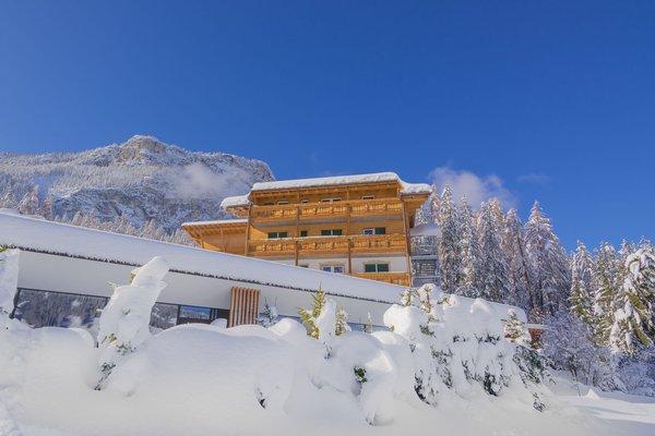 Foto Außenansicht im Winter Lech da Sompunt