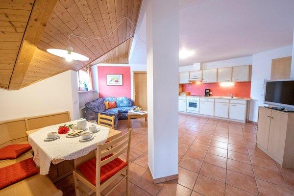 La zona giorno Appartamenti in agriturismo Meral in Körbelhof
