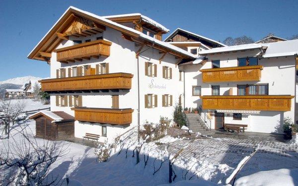 Winter Präsentationsbild Ferienwohnungen auf dem Bauernhof Schötzerhof