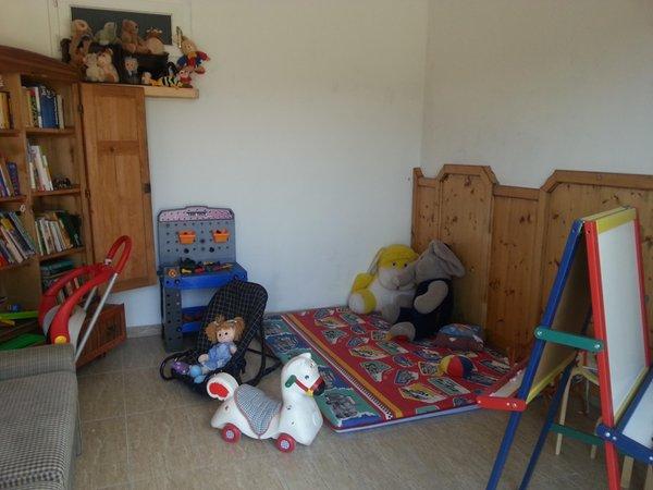 Das Wohnzimmer Ferienwohnungen auf dem Bauernhof Neu-Schötzerhof