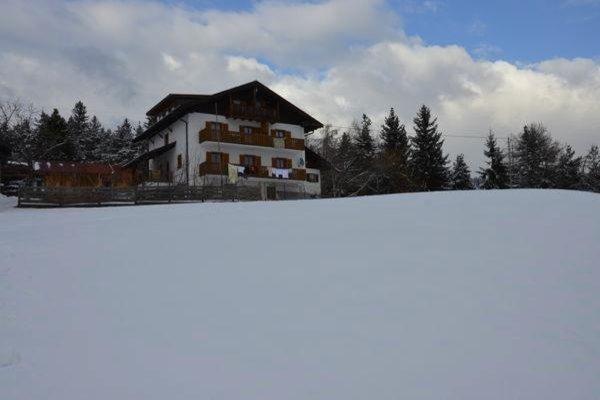 Winter Präsentationsbild Ferienwohnungen auf dem Bauernhof Oberkapillhof