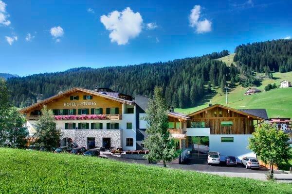 Foto estiva di presentazione Hotel Störes