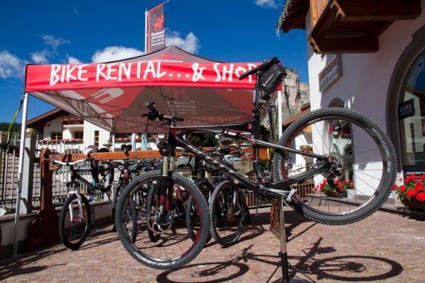 Präsentationsbild Fahrradverleih Dolomiti Adventures - Rock & Snow