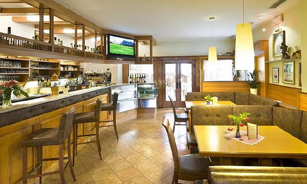 Photo of the bar Restaurant Alla Torre / Zum Turm