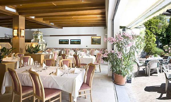 The restaurant Castelrotto / Kastelruth Alla Torre / Zum Turm