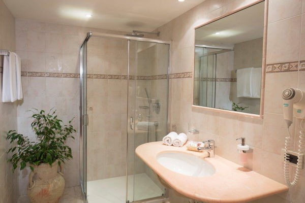 Foto del bagno Hotel Vajolet