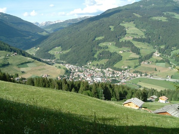Foto estiva di presentazione Associazione turistica Val Sarentino