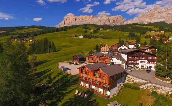 Position Hotel Rezia La Villa