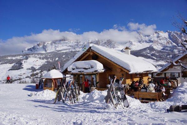 Winter presentation photo Mountain hut Ütia Florian