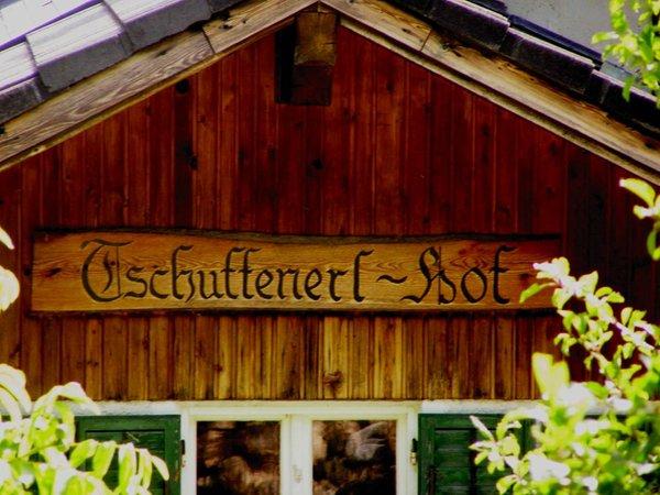 Foto estiva di presentazione Tschuffenerlhof - Appartamenti in agriturismo 2 fiori