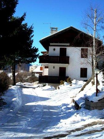 Winter presentation photo Apartments Varesco
