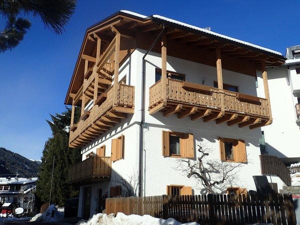 Foto invernale di presentazione Ciasa Rosada - Appartamento 3 soli