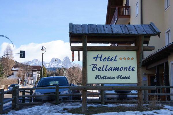 Foto Außenansicht Hotel Bellamonte