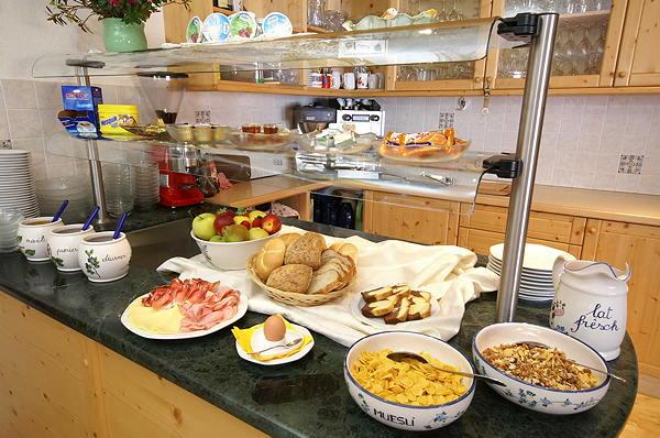 Das Restaurant Badia - Pedraces Runcac'