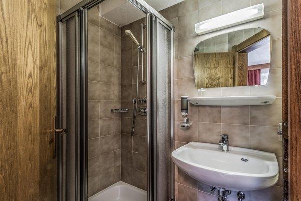 Photo of the bathroom Garni (B&B) Baita