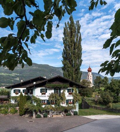 Foto estiva di presentazione Ristorante Gasthof Zu Tschötsch