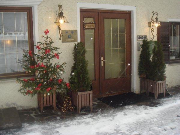 Foto Außenansicht im Winter Neunhäusern / Nove Case