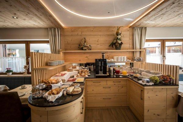 Das Frühstück Lastëis - Garni (B&B) + Ferienwohnungen 3 Sterne