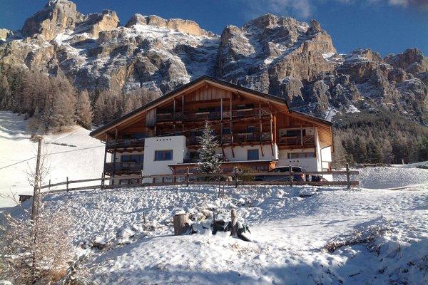Foto invernale di presentazione Rü Blanch SAS - Pensione 3 stelle