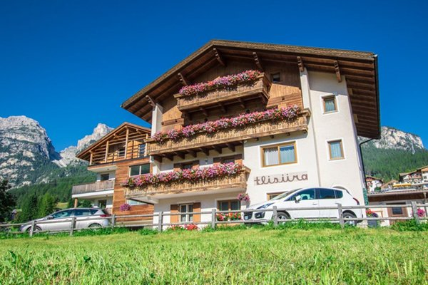 Summer presentation photo Tlisüra - B&B (Garni) + Apartments 2 stars