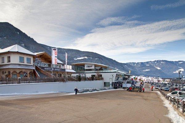 Foto esterno in inverno Rent a Ski Giggeralm