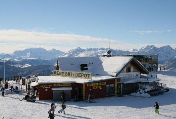 Foto invernale di presentazione Top Ski Center Kronplatz - Noleggio sci