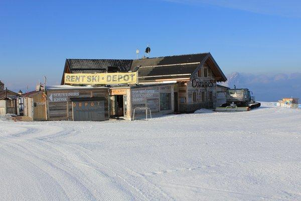 Foto esterno in inverno Top Ski Center Kronplatz