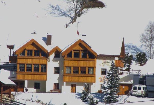 Foto invernale di presentazione Ciasa La Rösa - Appartamenti 3 soli