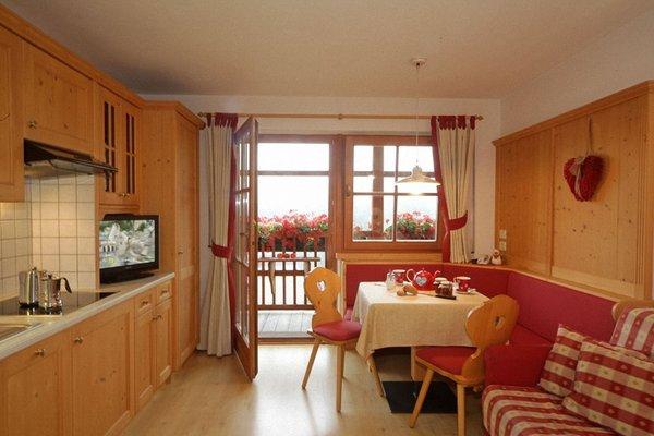 Photo of the kitchen Dolomites Apartments Ciasa Vally