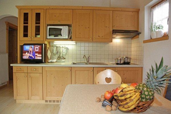 Foto della cucina Dolomites Apartments Ciasa Vally