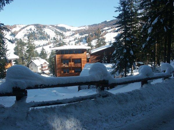 Foto esterno in inverno Aria d'Bosch