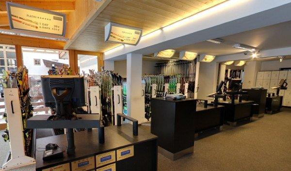 Foto di presentazione Rent and Go - Noleggio sci