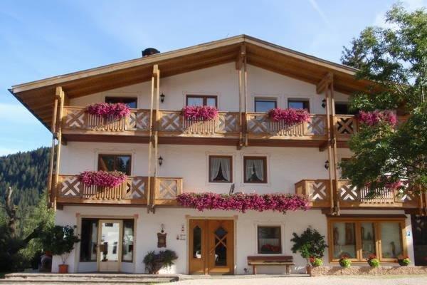 Foto estiva di presentazione Sas Vanna - Residence 2 stelle