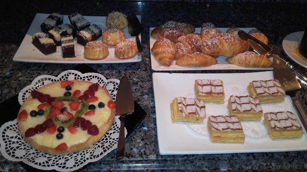 La colazione Garni (B&B) + Appartamenti Lüch da Pcëi