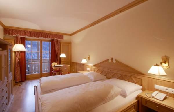 Foto della camera Garni (B&B) + Appartamenti Lüch da Pcëi