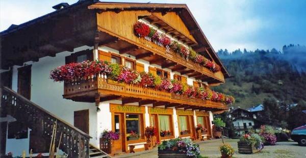 Foto estiva di presentazione Casa Balestra - Appartamenti