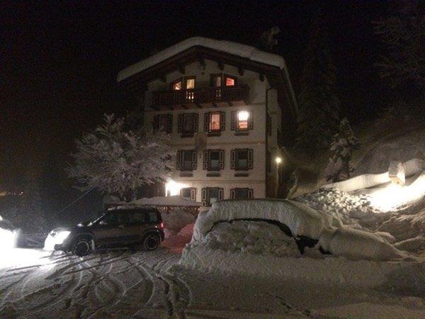 Foto invernale di presentazione Appartamenti Casa Momi