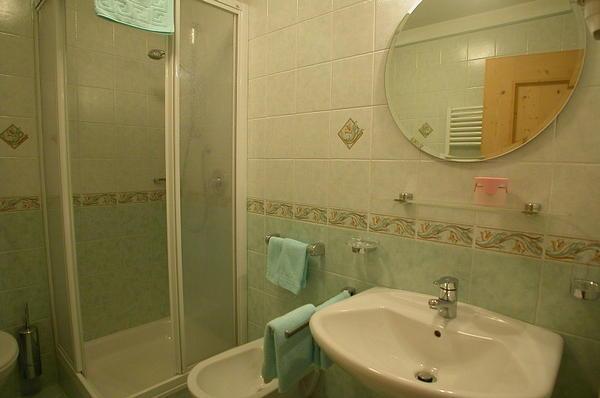 Foto del bagno Bed & Breakfast L' Tiac
